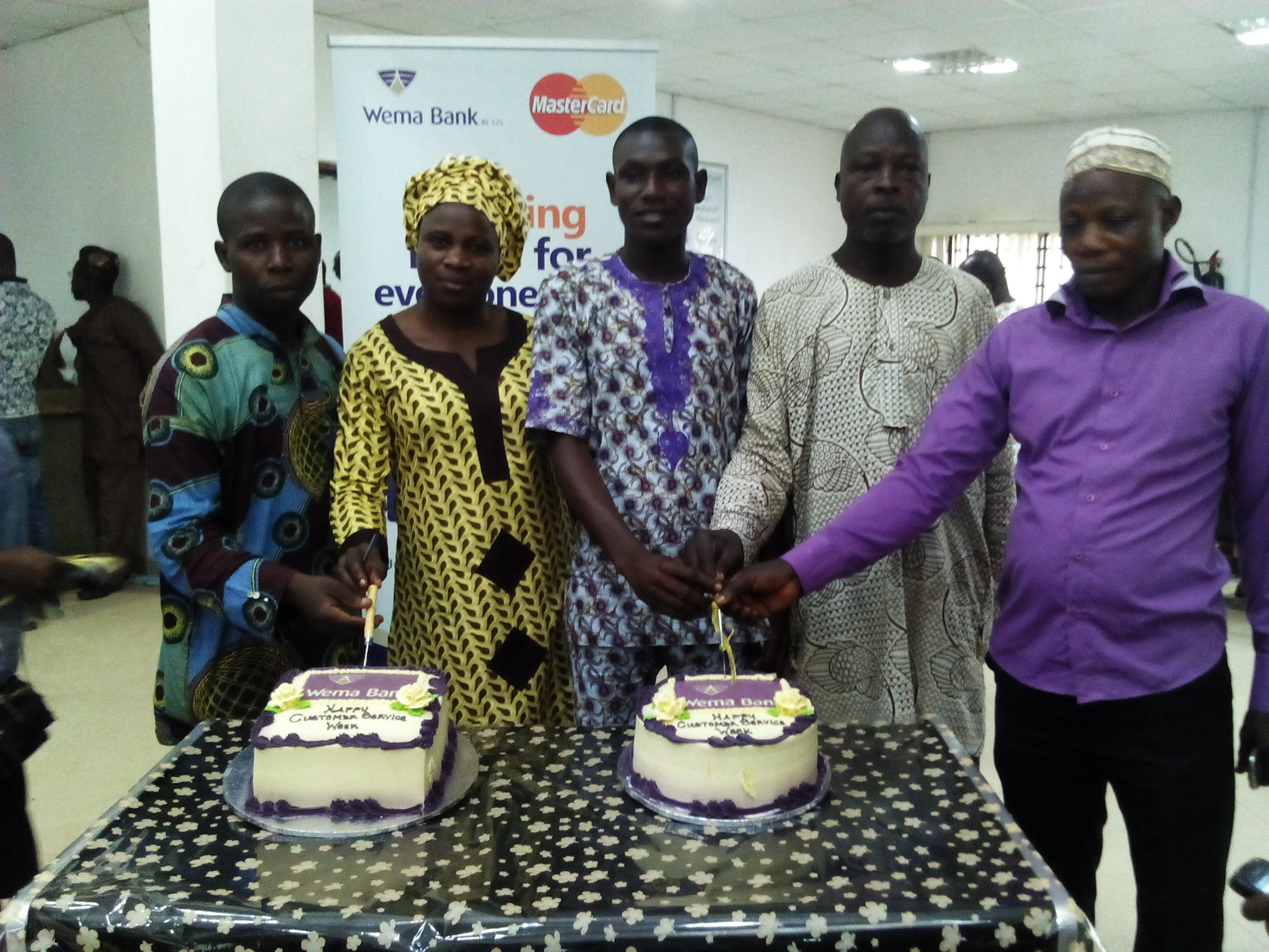 Oshogbo Branch celebrating with Customers 1