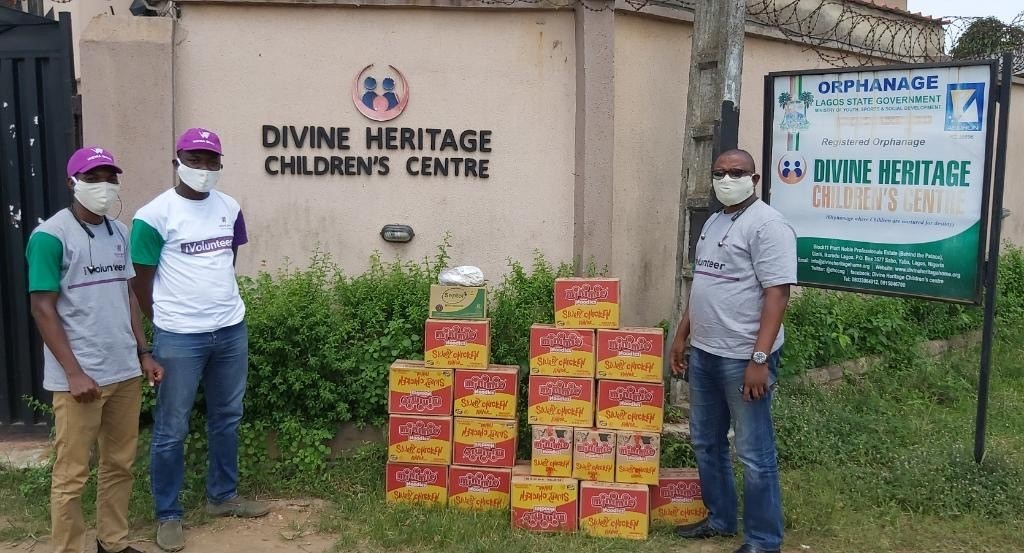 Salary-for-Love-2020-Donation-of-Face-Masks-Medicated-Soaps-and-Food-Items-to-communities-across-Nigeria