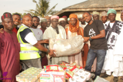 Declutter-and-Donate-Donation-to-Old-Awuru-Community